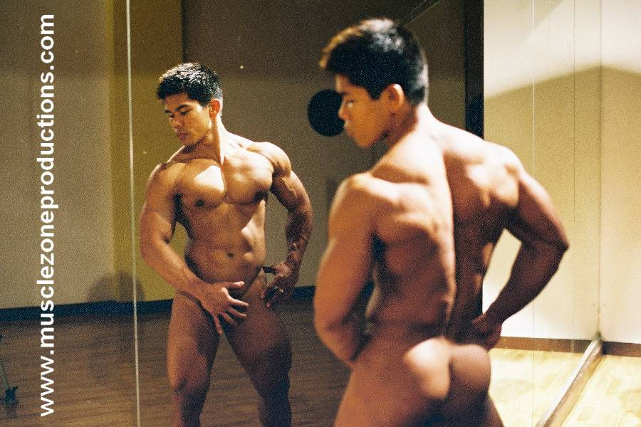 Nude bodybuilder videos